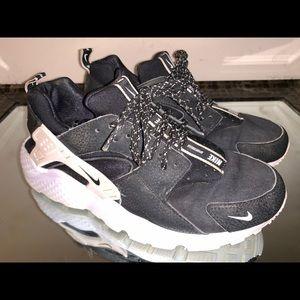 Nike Air Huarache Run ZIP Black White Size 8.5